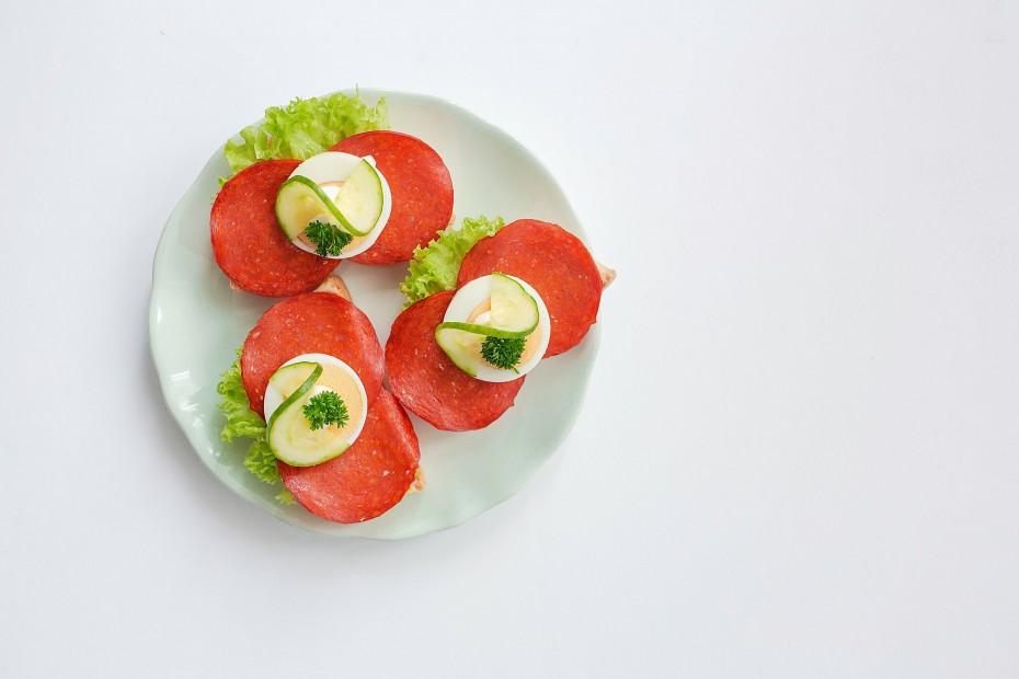 Paprikásszalámis szendvics
